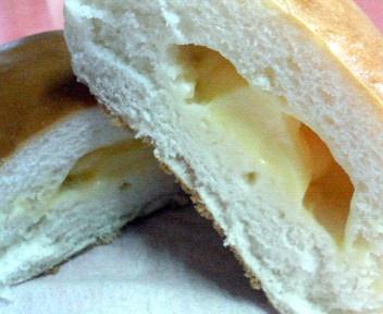 なめらかクリームパン CUT!!
